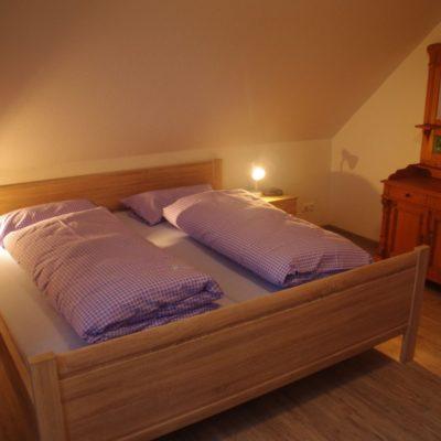 Schlafzimmer mit Bad